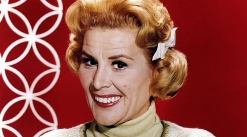 وفاة الممثلة المخضرمة روز ماري عن 94 عاماً