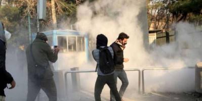 """إيران.. قتيلان غربي البلاد والنظام يلجأ إلى """"قصة العملاء"""""""