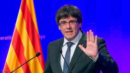"""زعيم كتالونيا يطالب بإعادة """"الحكومة الشرعية"""""""