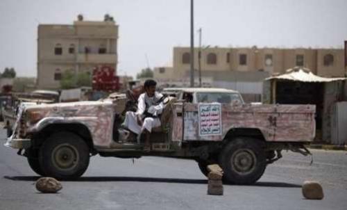 الحوثيون يطلقون نداء استغاثة بمكبرات الصوت في عمران وصعدة لهذا السبب ..
