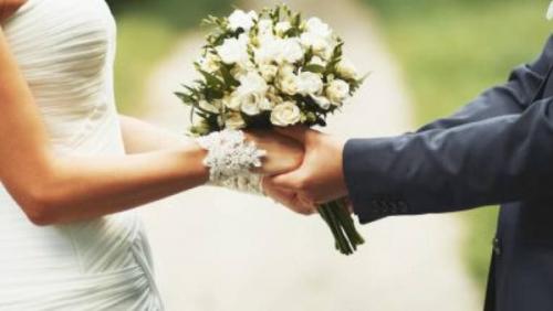 العريس ١٢ عاماً والعروس ١٦ وخطبتهما تثير ضجة بمصر