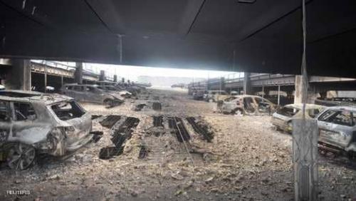 حريق يلتهم 1400 سيارة في مرآب في ليفربول