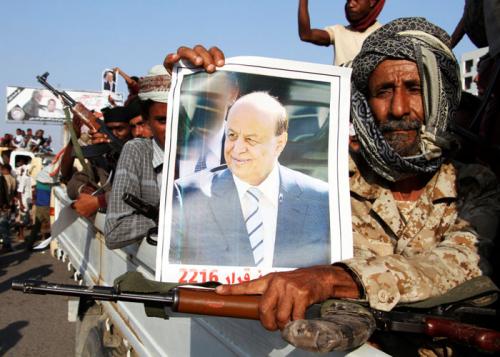 """اليمن 2018.. توحد جبهة """"الشرعية"""" وتصدع تحالف الحوثي"""