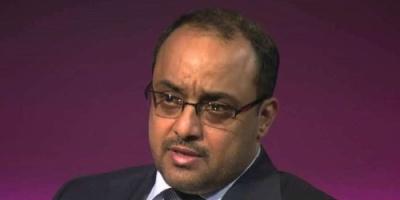 """""""ياسر العواضي"""" يطالب الحوثيين بأن يتركوا لحزب المؤتمر خياراته وعدم إجباره على الشراكة معهم"""