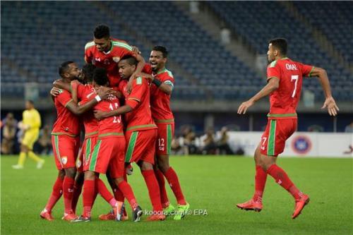 بالصور: هدية بحرينية تؤهل عمان لنهائي خليجي