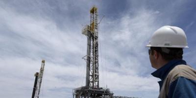 اضطرابات إيران تقفز بأسعار النفط لمستوى مرتفع