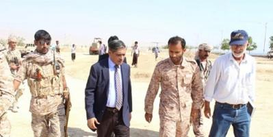 المحافظ البحسني يتفقد الأعمال الإنشائية للنصب التذكاري للجندي المجهول وساحة الشهداء