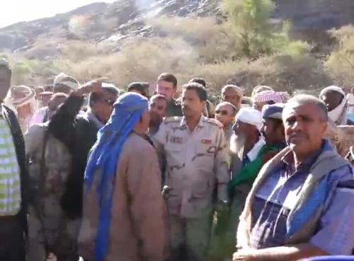 محافظ ابين يقوم بجولة ميدانية لمختلف المرافق الحكومية  بمديرية جيشان