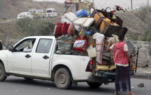 تقرير حقوقي يكشف عن عمليات تهجير قسري يقوم بها الحوثيون لسكان عدد من مناطق تعز