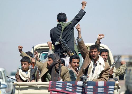 ميليشيا الحوثي تفتح باب التجنيد الطوعي عبر وزارة دفاع الانقلاب للمرة الاولى منذ «3» اعوام