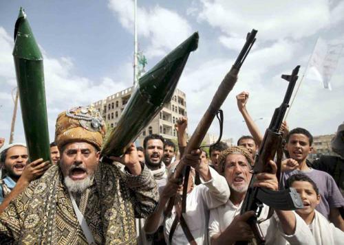 العرب اللندنية.. رسائل إيران عبر صواريخ الحوثي: لا سلام في اليمن