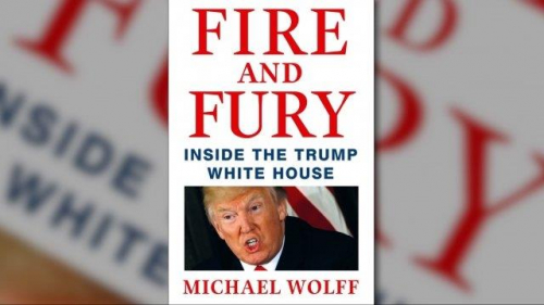 """تعرف على كتاب """"بيت ترمب الأبيض"""" ولماذا يريد الرئيس منع صدوره"""