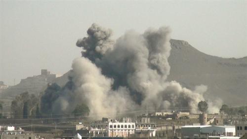 مقاتلات التحالف تقصف تجمعات ومواقع للحوثيين بصعدة ومخزن سلاح تابع لهم في مأرب