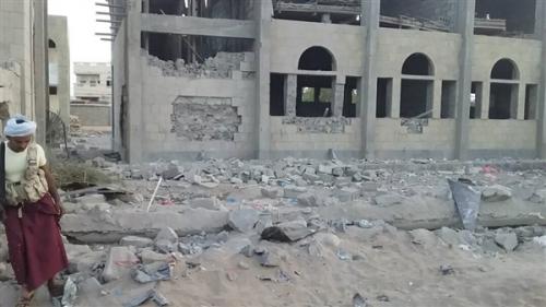الحوثيون يطلقون صاروخا بالستيا على مدرسة للبنات بالحديدة