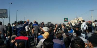"""نواب إيرانيون ينتقدون تقارير أجهزة الأمن بشأن """"انتهاء الاحتجاجات"""""""