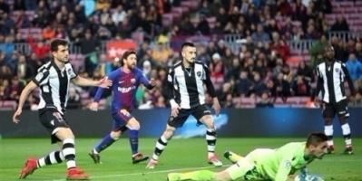 """الدوري الإسباني: برشلونة يطيح بليفانتي في """"الكامب نو"""" ويعزز موقعه في صدارة الترتيب"""