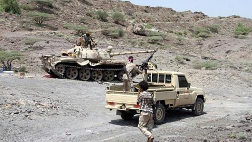 """مقتل 3 عناصر من الجيش الوطني إثر قصف حوثي على موقع لهم بين محافظتي """"شبوة""""، و""""البيضاء"""""""