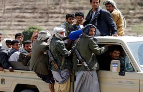 الحوثيون يقرون التجنيد الإجباري في إب