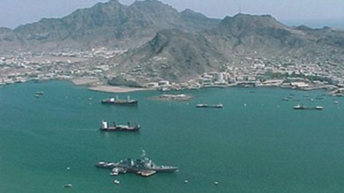 ميليشيا الحوثي تهدد بوقف الملاحة في البحر الأحمر