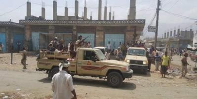وفاة جنديين واصابة ستة آخرين في انقلاب طقم عسكري تابع للوزير الميسري