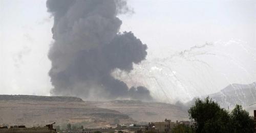 غارات جوية عنيفة تستهدف مخازن أسلحة ومعسكرات تدريب للحوثيين في صنعاء