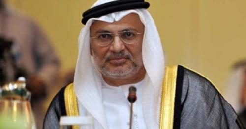 قرقاش: لا يمكن حل أزمة قطر دون تغيير توجهها الداعم للتطرف والإرهاب