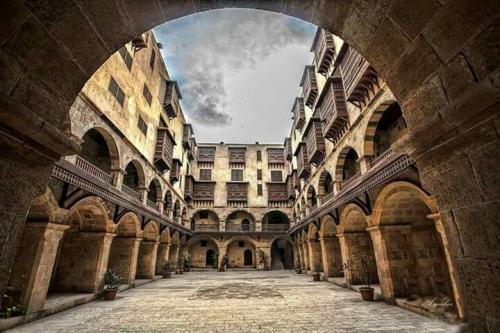 """وكالة """"بازرعة"""" في مصر.. تحفة معمارية تعتزم القاهرة تحويلها إلى فندق تاريخي"""
