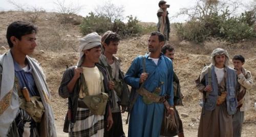 """أهالي قرية """"الشياح"""" بإب يطردون مسلحي الحوثي بعد محاولتهم خطف شباب القرية بالقوةوالزج بهم في جبهات القتال"""