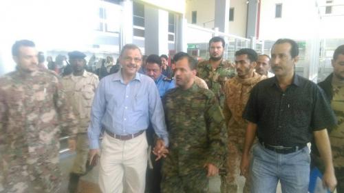 اللواء شلال شائع يزور #مطار_عدن الدولي