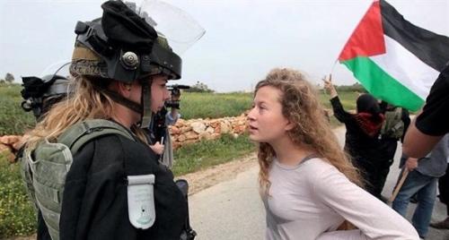 """محكمة إسرائيلية تمدد اعتقال """" عهد التميمي """" إلى الأربعاء المقبل"""