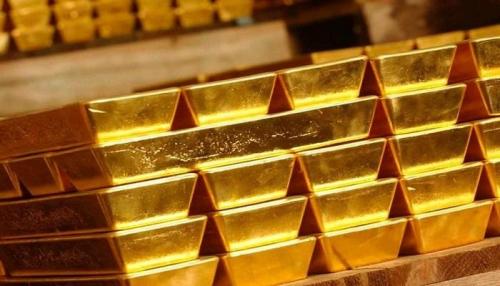 صعود الدولار يدفع الذهب للهبوط من أعلى مستوياته