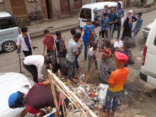 فريق المساحات الصديقة للطفل يدشن حملة نظافة تشمل أربع مديريات في عدن