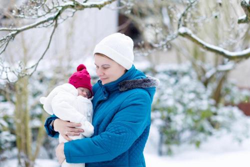 حافظي على حرارة طفلك الرضيع في فصل الشتاء