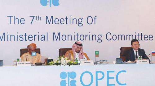السعودية تدعو إلى تعاون أبعد من 2018 بين منتجي النفط