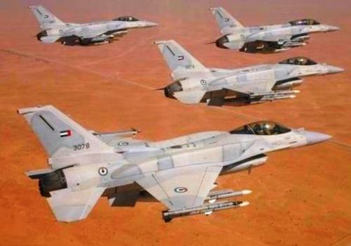 القوات المسلحة الإماراتية تقصف آلية عسكرية لميليشيات الحوثي الإيرانية
