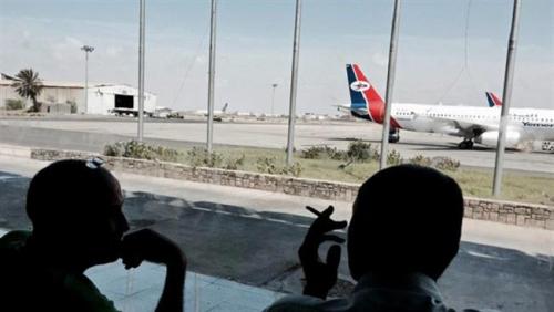 سلطات مطار عدن توقف الحركة الملاحية وتأمر بإقلاع الطائرات دون مسافرين