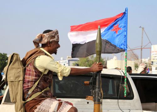 العرب اللندنية: المجلس الجنوبي يحسم الوضع في عدن ويستبعد سلطة هادي والإصلاح