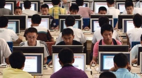 الصين: 770 مليون مستخدم للإنترنت