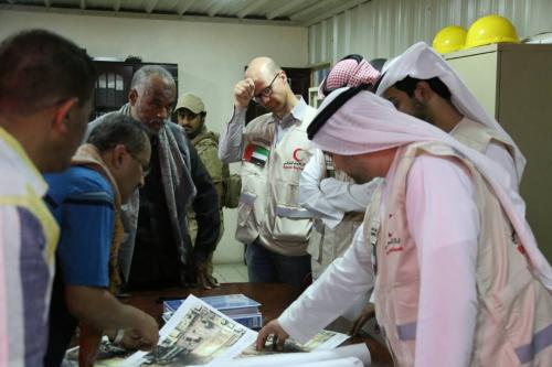 لجنة الطاقة الإماراتية تستكمل زياراتها الميدانية لرصد احتياجات المنظومة الكهربائية في محافظة حضرموت