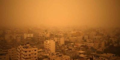 غزة.. شاب يطعن أمه المسنة وآخر يحاول الانتحار حرقا