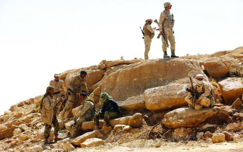 انهيار متسارع للانقلابيين ومصرع قائدي العمليات وسلاح الدبابات في تعز