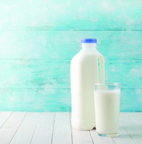 تناول الحليب يحمي من تطور سرطان القولون