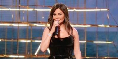 صور إليسا تدخل في منافسة غير محسوبة مع ياسمين عبد العزيز: والسبب فستان