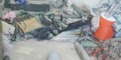 القوات اليمنية تعثر على 11 صاروخا بعيد المدى للحوثيين جنوب الحديدة