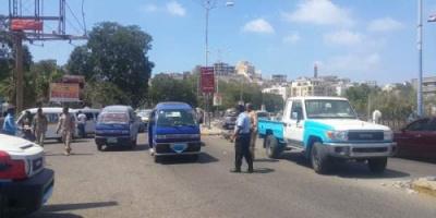 مدير قسم شرطة التواهي يدشن حملة لتنظيم حركة سير المركبات بشوارع المدينة