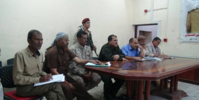 مدير البحث الجنائي يعقد اجتماعا موسعا بضباط  البحث الجنائي  و مدراء البحث بمراكز الشرطة في مديريات عدن.