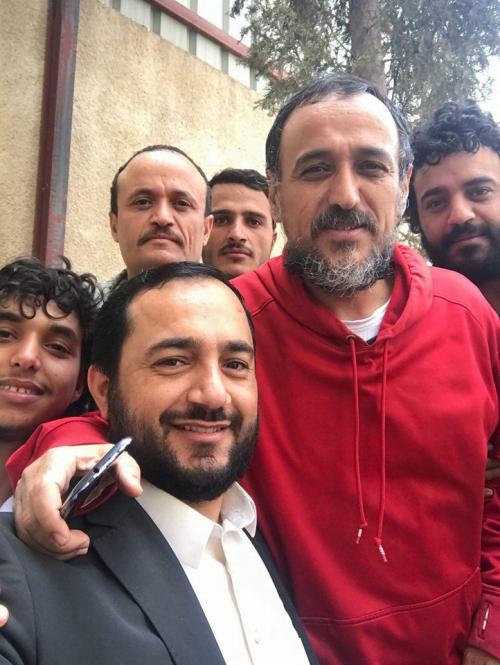 الحوثيون يفرجون عن سكرتير الرئيس السابق  صالح