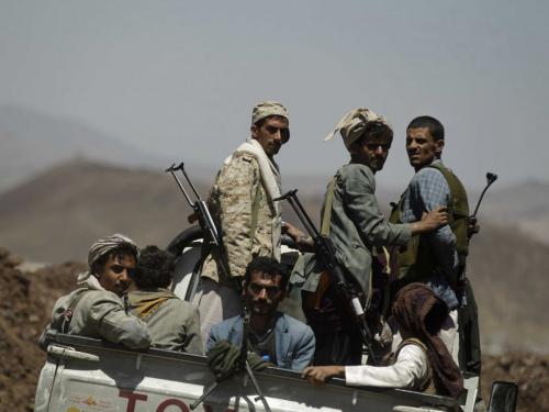 الحوثيون يستحدثون معسكرا تدريبيا بعنس ذمار