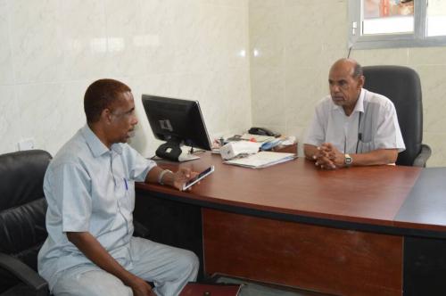 مدير عام مكتب الصحة بالمهرة يتفقد المستشفيات والوحدات الصحية بقشن و حصوين و عتاب