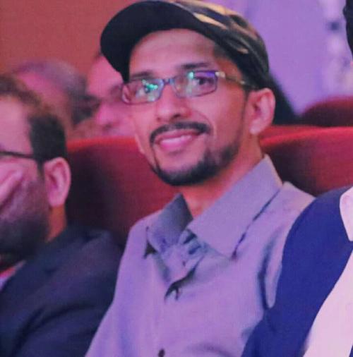 """قاص """"حضرمي"""" ينال لقب سفير اللغة الإسبانية بعد مشاركته  في المسابقة العالمية  للقصة القصيرة"""